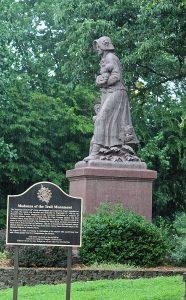 August Leimbach, Madonna of the Trail, 1928, Lexington, Missouri
